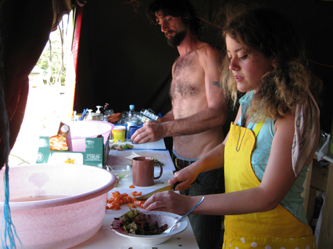 Climate%20Camp%202008%20london%20cooking.jpg