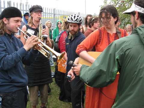 Climate%20Camp%202008%20march%20music.jpg