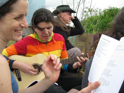 Climate%20Camp%202008%20singing%20at%20gate.jpg