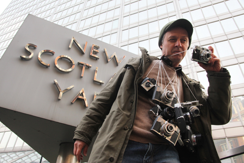 Photographer-not-terrorist-Feb-2009-camera-man.jpg