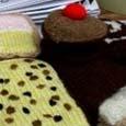 knitted_cakes.jpg