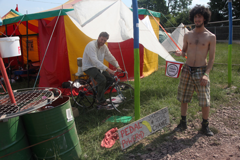 Glastonbury 2010 Climate Camp pedal powered smoothies