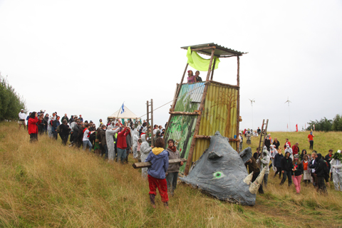 Climate Camp Rhino Seige Tower