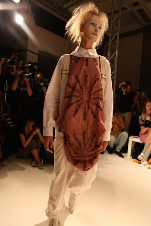 Romeo Pires SS2011 photo by Amelia Gregory