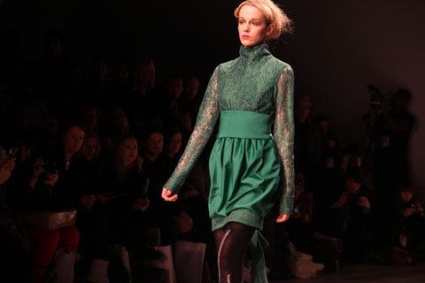 Bora Aksu A/W 2011 by Amelia Gregory