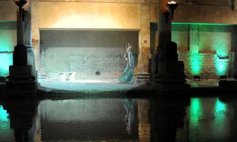 Bath in Fash