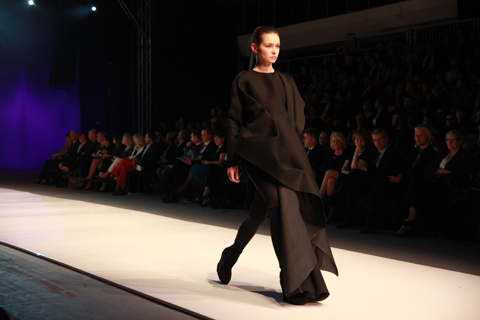 Damian Konieczny Golden Thread Fashion Week Poland AW 2011