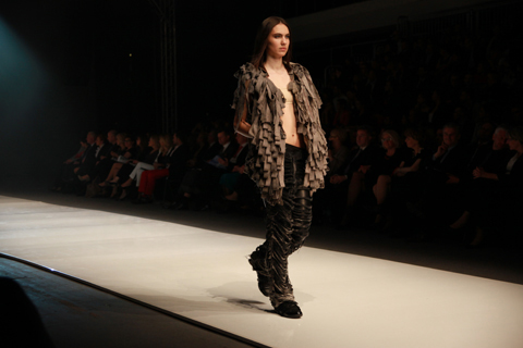 Dominika Naziebly Golden Thread Fashion Week Poland AW 2011