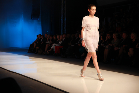 Dominika Piekutowska Swed Golden Thread Fashion Week Poland AW 2011