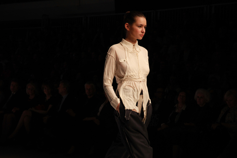 Monika Jaworska Golden Thread Fashion Week Poland AW 2011