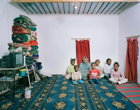 Bernat Millet Saharawis sahara family