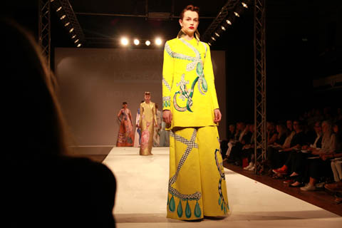Central Saint Martins Ba Show 2011-Holly Fowler photography by Amelia Gregory