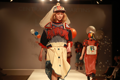 Central Saint Martins Ba Show 2011-Momo Wang. Photography by Amelia Gregory