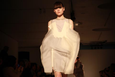 RCA graduate fashion 2011-Hao Feng Li photography by Amelia Gregory