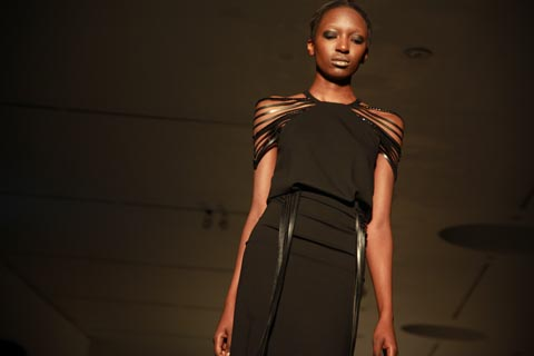 RCA graduate fashion 2011-Sarah Seaton-Burridge photography by Amelia Gregory
