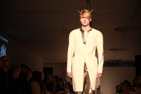 RCA graduate fashion 2011-Fah Chakshuvej photography by Amelia Gregory
