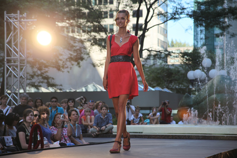 Fashion Mode Design Montreal Festimania 2011 -Ethik BGC photo by Amelia Gregory