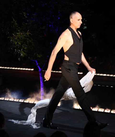 Jean Paul Gaultier Fashion Mode Design 2011 Bourgeoises Sans Age
