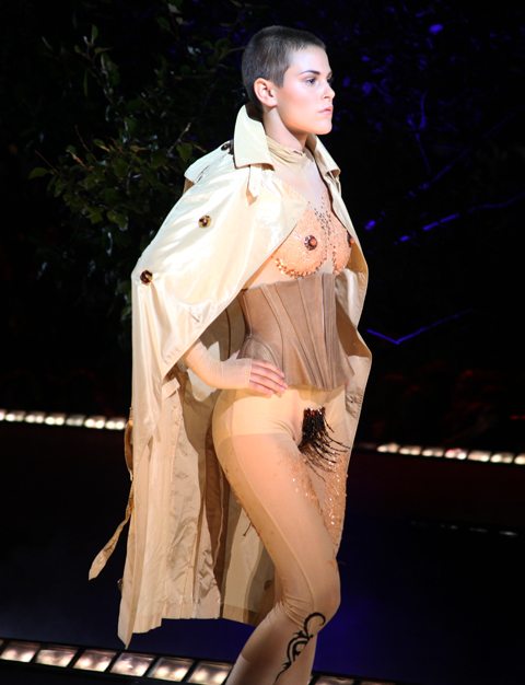 Jean Paul Gaultier Fashion Mode Design 2011 Bourgeoises Sans Age