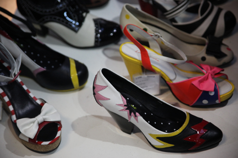 Fashion Week Poland stands SS 2012-Lola Ramona