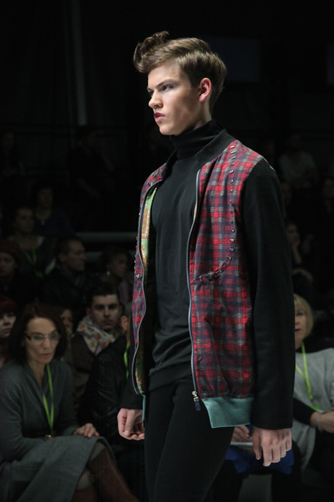 Monika Ptaszek Fashion Week Poland SS 2012-photo by Amelia Gregory