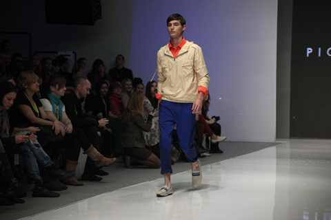 Poitr Drzal Fashion Week Poland SS 2012-photo by Amelia Gregory