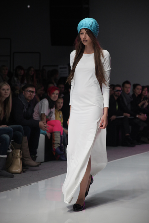 Shumik Fashion Week Poland SS 2012-photography by Amelia Gregory