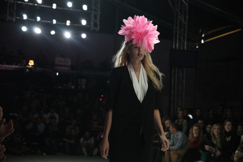 Shumik Fashion Week Poland SS 2012-photography by Amelia Gregory