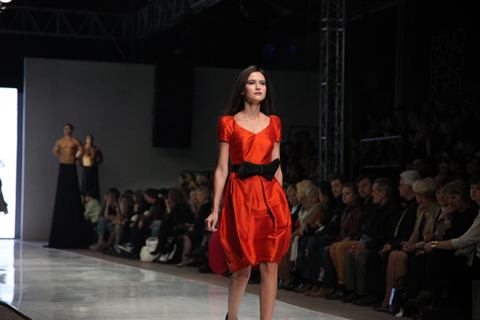 Teresa Kopias Fashion Week Poland SS 2012-photography Amelia Gregory