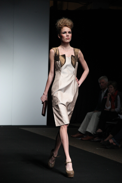 SOMERSET COLLEGE BA fashion 2012 -photo by amelia gregory