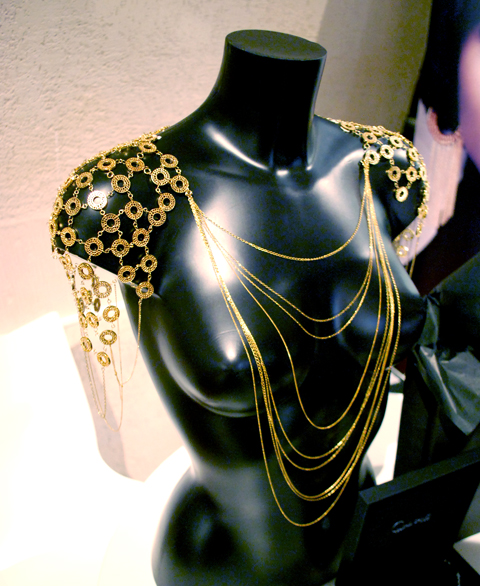 Treasure show Rachel Galley Jewellery photo by Maria Papadimitriou