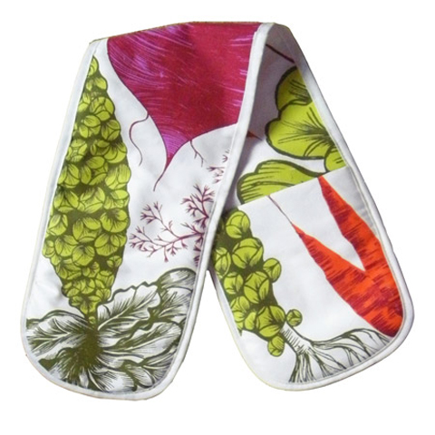 Lush designs vegetable oven gloves