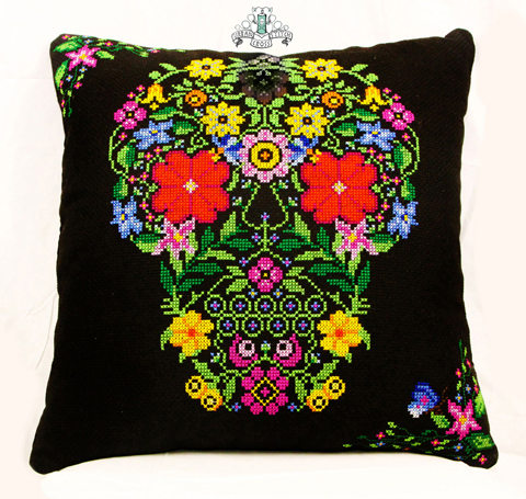 Urban-Cross-Stitch-Floral-Skull-BUST