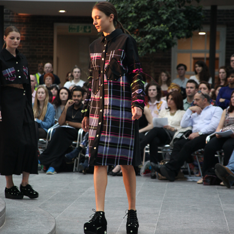 Middlesex Fashion Graduate Show 2013-Charlotte Stewart