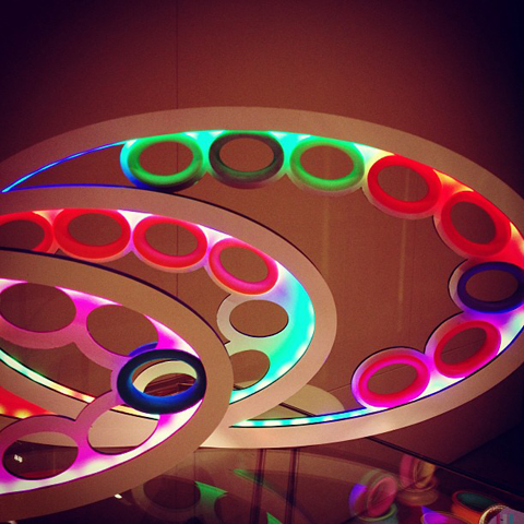 A clever neon lot display for silicone bracelets by #brazelights