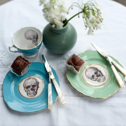 Melody Rose skull plates