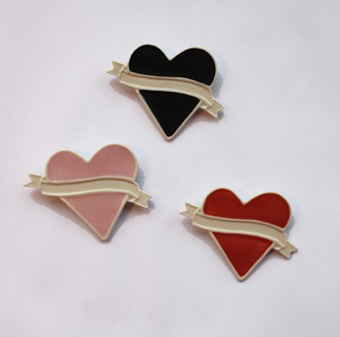 Made by Mememe heart brooches 2