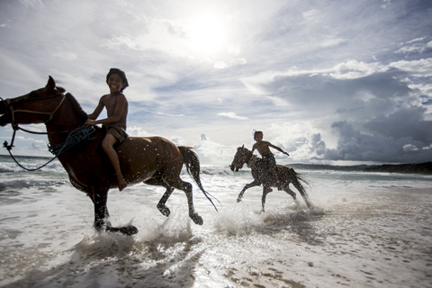 Sumba-Pasola-by James Morgan