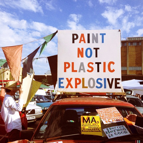 Bob and Roberta Smith art car boot fair
