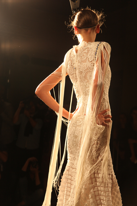 Ashley Isham SS 2015 photo by Amelia Gregory