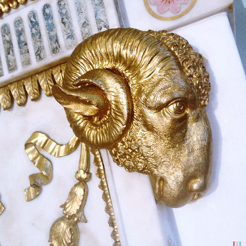 Gold rams head busardi