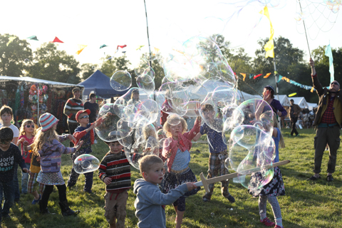 Wood Festival 2015-review bubbles
