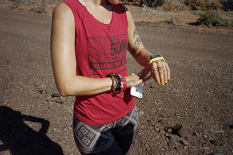 ©Tara Darby_ Run it Out_ Robin sets her watch for Day 02 of her Utah marathons