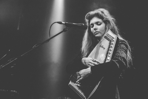 Olive Haigh Live 24.04.15-02