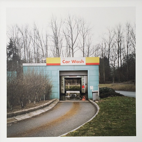 Service station photography by Thomas Henninger