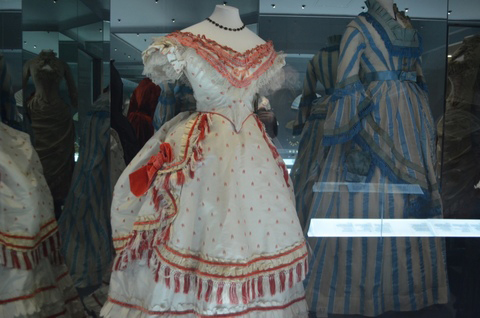 A History of Fashion in 100 Objects at Bath Fashion Museum 2